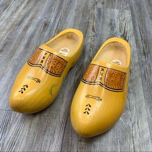 Dutch Varnished Wooden Shoes Brown Red Size 44